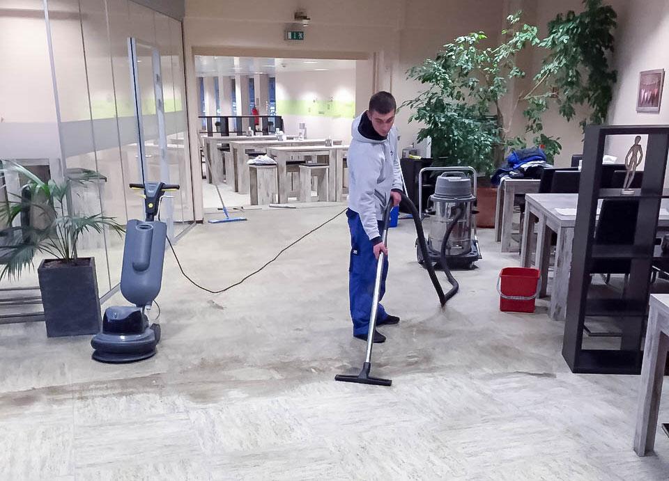 Hallenreinigung in Kempen und Umgebung mit Gorni Dienstleistungen